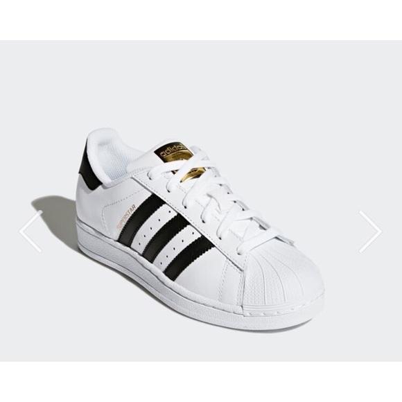 5a55a4b49e1cdb adidas Shoes - Adidas Superstar Classic Sneaker Women s 6 Kids 4